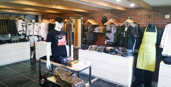 image de showroom d'habillement